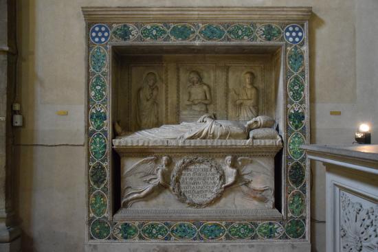 Benozzo Gozzoli's tomb - by Luca Della Robbia