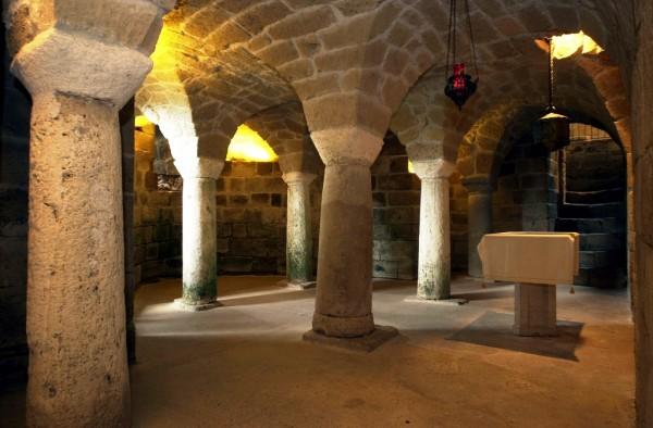 Sovana's Cathedral, the crypt