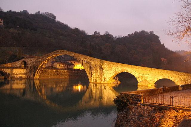 halloween in tuscany