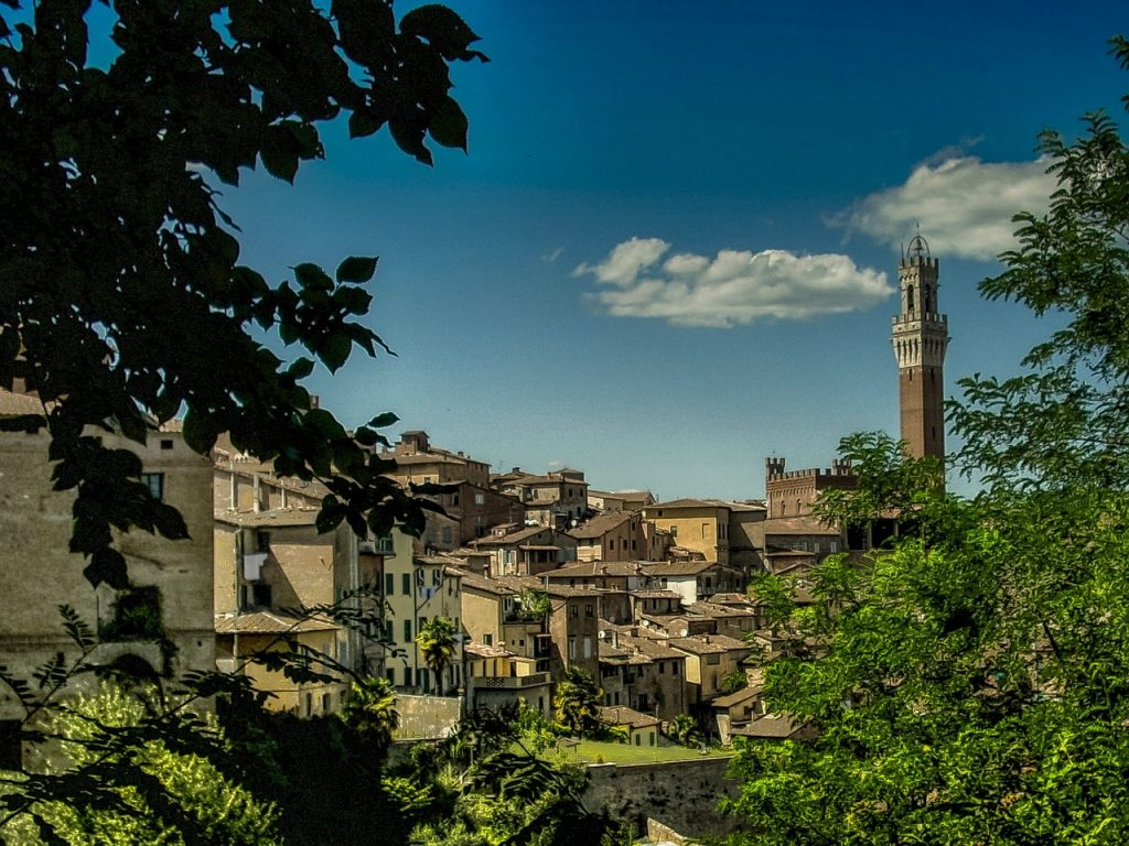 best towns in tuscany to stay