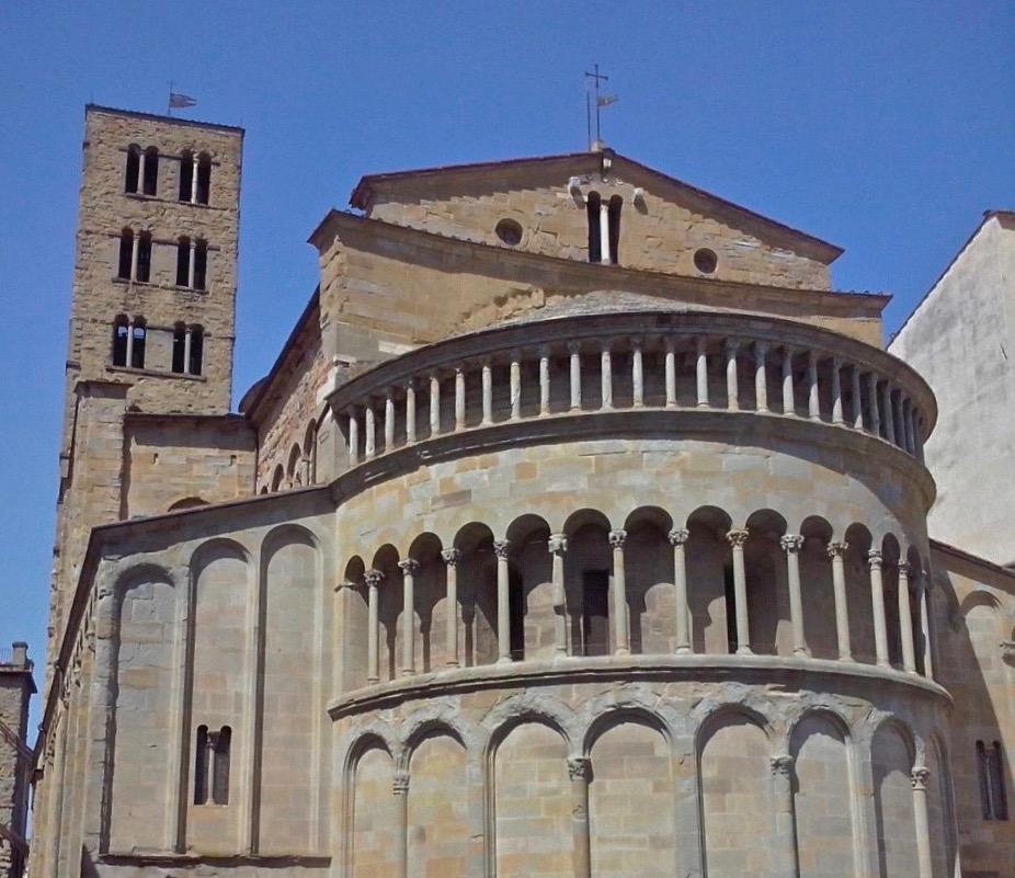 santa maria della pieve church arezzo